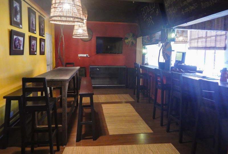 Kuching Unterkunft Frühstücksraum und Bar