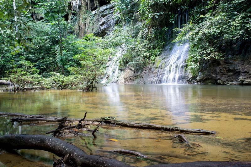 Paku Wasserfälle im Mulu Nationalpark
