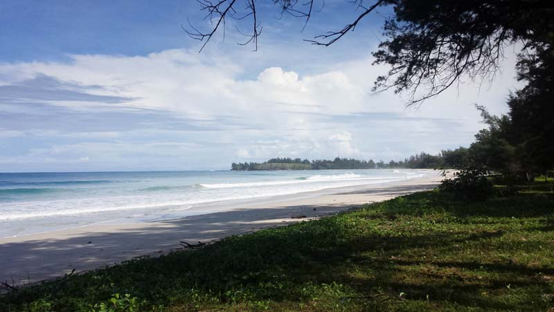 Strand beim Tip Top Restaurant an der Spitze Borneos