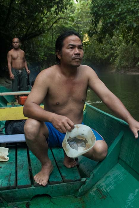 Chok und Antony mit uns im Boot, Mulu, Borneo Malaysia