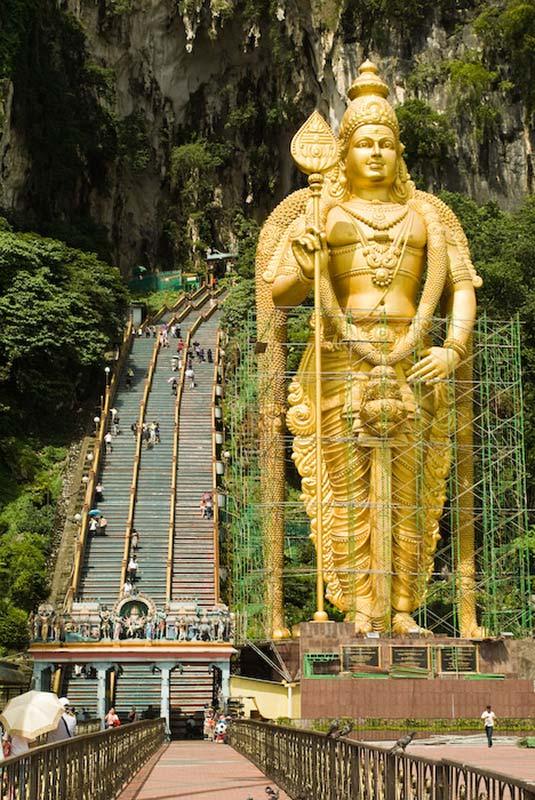 Goldene Murugan Hindhu Statue, Batu Caves, KL, Malaysia
