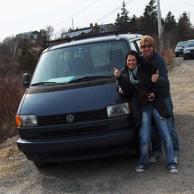 Unser neues Auto Sammy und Anne und Bunki sind stolz, Nova Scotia, Kanada
