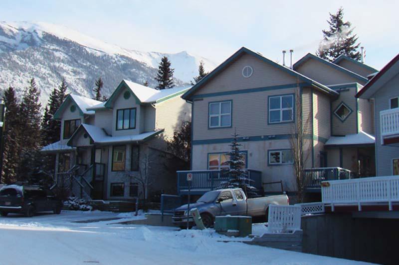 Unser WG-Wohnhaus, rechts, Canmore, Alberta, Kanada