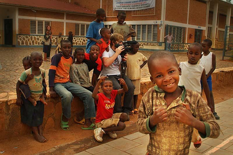 Bunki filmt Kinder, Kigali, Ruanda