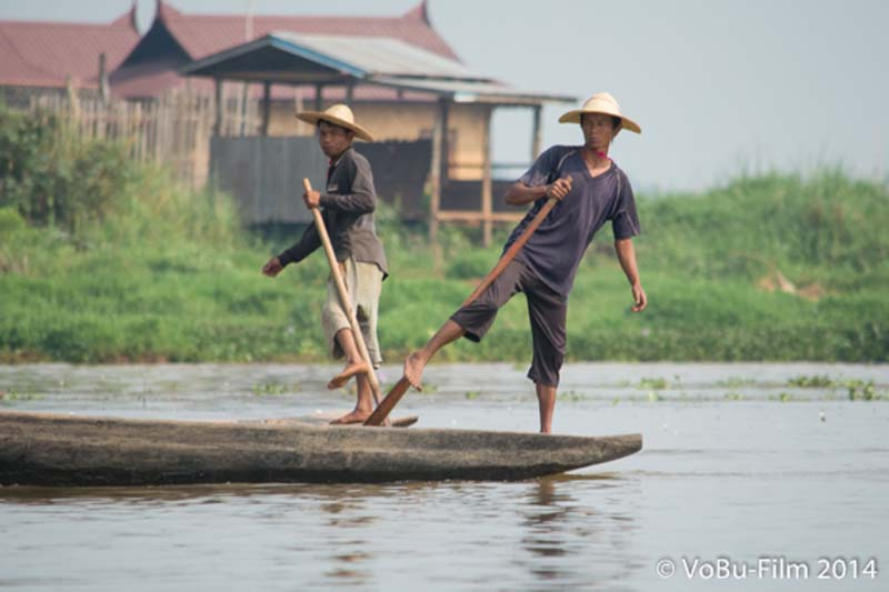 Das berühmte Rudern vom Inle Lake, Myanmar
