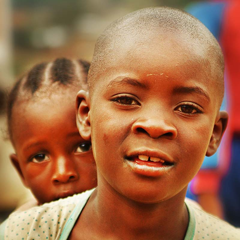 Geschwister, Kigali, Ruanda