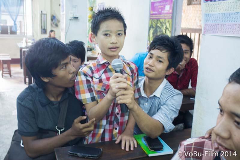 Und die nächste Frage, Englisch Unterricht, Yangon, Myanmar