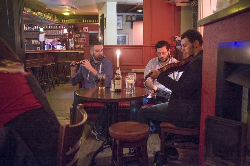 Irish-Band-in-Doolin