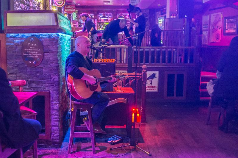 Irish-Music-im-Pub-in-Kilkenny