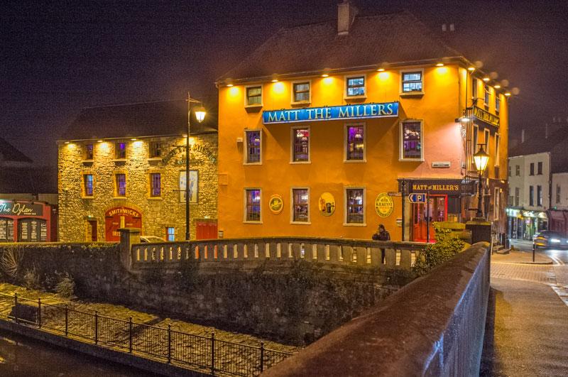 Pub-in-Kilkenny